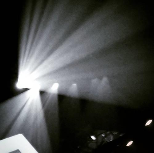 Luces de #Sep7imoDia #cirquedusoleil #SodaCirque #argentina #BAsorprende #acojonante  #photography #fotografia #líneas #composicion