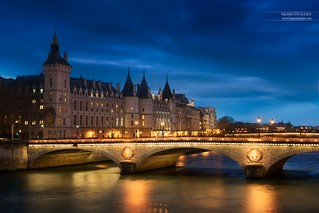 La Conciergerie & Pont au Change, Paris