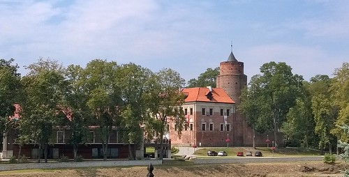 Uniejów Castle
