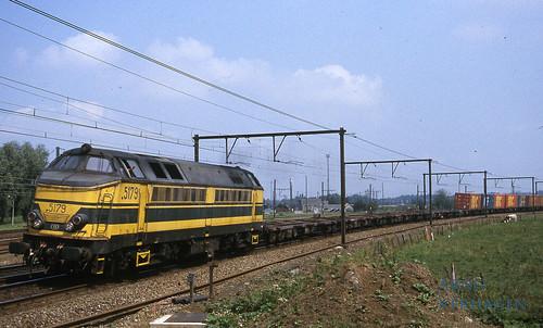 2001. NMBS 5179 te Antwerpen Noord