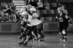 skulls_vs_scars_L1063432 1 (nocklebeast) Tags: ca usa santacruz rollerderby rollergirls skates sugarskulls groms juniorderby bumperscars santacruzderbygroms