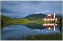 Tenang Bumi Ini | Landscape (AnNamir c[_]) Tags: reflection landscape nikon islam mosque serenity malaysia tamron masjid quran jakim kualakubu cermin tenang leefilter huluselangor d300s darulquranjakim annamir masjiddq