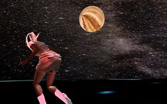 Free Fall experience (Irieries Moses) Tags: firestorm secondlife secondlife:region=duet secondlife:parcel=duetrezzablesimphotographyromancedatefunchatdance secondlife:x=197 secondlife:y=88 secondlife:z=251 freefall space roaming planets
