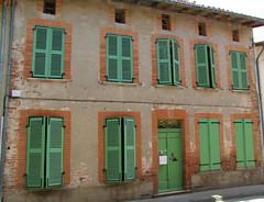 Gaillac-Toulza 31550. Facade avec réemploi de 1676. (sergeimbert) Tags: hautegaronne gaillactoulza31550 maisons