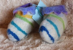 felt-handmade-baby-booties-blue-stripe-soft-warm-merino-wool-blythwhimsies-2017-02-28 10.03.54 (blyth whimsies) Tags: babybooties handmadefelt wetfelting wetfelted merinowool blythwhimsies etsy