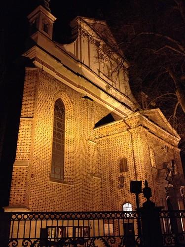 Fasada katedry w Sandomierzu od północnego zachodu w nocy