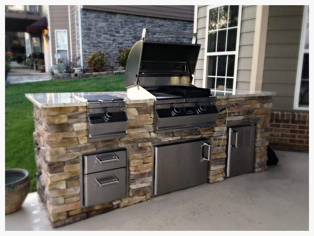 Fire Magic A530 and Side Burner Outdoor Kitchen. Ooltewah, Tn.