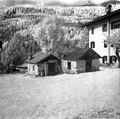 pocket homes ;/) (schyter) Tags: china bw 120 6x6 film recipe ir soup monocromo bn homemade filter e infrared epson medium format mf ttl v600 expired kiev bianco development nero medio bianconero  60 analogica analogic formato efke blackwithe r72 pellicola allaperto infrarosso 720nm volna3 ir820 chebarkul homemadescanned
