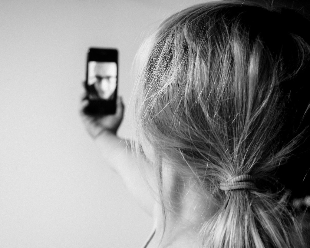 how to take a silhouette picture with iphone