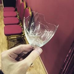 Egészségetekre 😆 #glass #broken