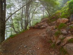 Ascenso a Refuge d'Espuguettes (Manolo Moliner) Tags: walking senderismo pyrénées pirineos randonnée gavarnie midipyrénées hautespyrénées pirineocentral