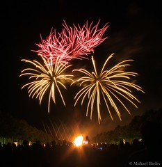 Feu d'artifice (Micka Photographies) Tags: firework versailles