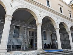 Anglų lietuvių žodynas. Žodis porticoes reiškia portikai lietuviškai.