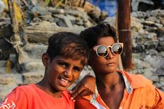 Beach Kids (MPBecker) Tags: road park sea people india fish west beach kids canon bay is kid fishing catholic village hill carter usm mumbai bandstand joggers rd bharat bandra bombai koli f4l kolis 24105mm arabain 60d bandrawest chimbai