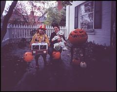 Halloween 2015 - Oliver, Valerie, and Henry (kern.justin) Tags: costumes halloween rain pumpkin jack fuji o jackolantern iii wide fujifilm lantern f56 provia cambo 100f rdp 65mm