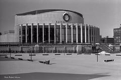 En ce temps l, l'hiver (Argentique) / Winter 1967 in Montreal (Film) (Pentax_clic) Tags: winter snow architecture pentax quebec montreal hiver 1967 spotmatic neige placedesarts robertwarren