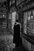 Quand le temps s'est arrêté! (guillaumegesret) Tags: rouen noir et blanc black white bw 5d markiii canon picture woman street