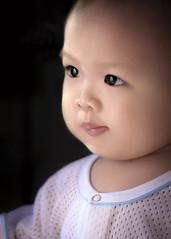 hi (Ah Wei (Lung Wei)) Tags: kids baby boy portrait family cute blackbackground nikon nikond750 nikon50mmf18g ahweilungwei