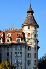 Boekarest, jugendstil huis nabij het paleis van Nicolae Ceaușescu, Roemenië 2016 (wally nelemans) Tags: bucurești boekarest huid house jugendstil artnouveau 2016 romania roemenië
