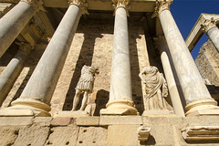 Roman Statues - Merida (rschnaible) Tags: merida spain espana europe roman ruins old ancient history historic circa 1216 bc building achitecture sightseeing tour touring tourist outdoor columns statues