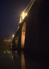 Menai Suspension Bridge at night (Brian The Euphonium) Tags: menaisuspensionbridge night menaistraits anglesey ynysmôn northwales bridge pentax ks2 sigma1020mm welshflickrcymru