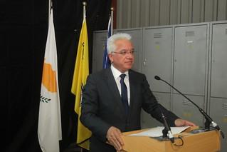 O Υπουργός Δικαιοσύνης και Δημοσίας Τάξεως κ. Ιωνά Νικολάου στην εκδήλωση προς τιμήν των έξι αδικοχαμένων μελών της Ε.Μ.Α.Κ.