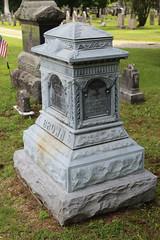 IMG_0521 (Equina27) Tags: ma massachusetts tombstone gravestone zinc whitebronze cuboidpedestal