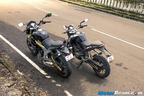 Mahindra-Mojo-vs-KTM-Duke-200-05