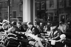 Breaktime (Florencia Jadia) Tags: world life street city travel people holland netherlands amsterdam photography streetphotography lifestyle streetphoto lifes breaktime tiem byw skancheli
