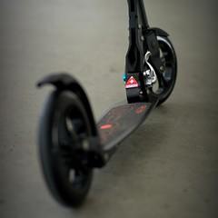 Black beauty (aaronKoo) Tags: micro kickboard kickscooter microblack