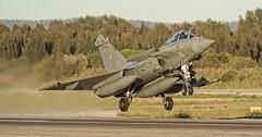 decollage Raf 32 (2) (naverazzo) Tags: french marine fighter navy 39 32 var raf toulon rafale straaljager hyres aeronavale lfth