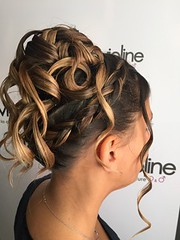 "coiffure • <a style=""font-size:0.8em;"" href=""http://www.flickr.com/photos/115094117@N03/22093605299/"" target=""_blank"">View on Flickr</a>"