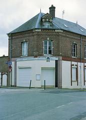 "(""Que la bête meure"") Tags: film analog streetphotography 135 manualfocus nikonfa kodakportra160 fixedfocal nikkor50mm14ai focalefixe"