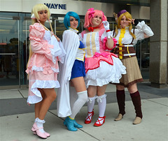Colorful Cosplay Ladies (FrogLuv) Tags: costumes anime cosplay manga kawaii decora detroitmichigan cobocenter sweetlolita harajaku youmacon2015