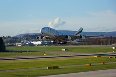 Emirates A380 to Dubai starting from Zurich (giannhs_sk) Tags: dubai sony zurich emirates a380 zrh nex7 e18200le