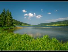Lac des Rousses  - Jura - France (Arnaud D...) Tags: france nature montagne lac vert des jura nuage paysage couleur rousses lacdesrousses