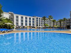 Swimming pool (h10hotels) Tags: hotel spain andalucia mallorca malaga hospitality marbella santaponca baleares h10 santaponça h10hotels rogermendez h10andaluciaplaza h10playasdemallorca