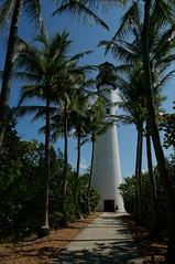 the keeper awaits (rovingmagpie) Tags: lighthouse palms florida palmtrees keybiscayne biscaynebay capeflorida billbaggscapefloridastatepark capefloridalighthouse sfi2015