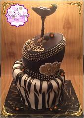 Topsy turvy martini cake (cupkakesp2015) Tags: birthday black cakes cake gold candy topsyturvy cakedecorating