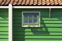 Green house (Jan van der Wolf) Tags: map155141v planken green groen dakpannen pannen tiles rooftiles window raam shadow shadows schaduw house building huis zaanse schans composition compositie dutch typicaldutch