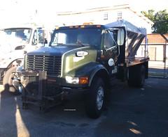 Camden County, NJ 1989 International 4900 4x2 plow-sander - truck No. 7_1 (JMK40) Tags: international 4900 dt466 camden county nj highwaydepartment government municipal snow plow sander truck
