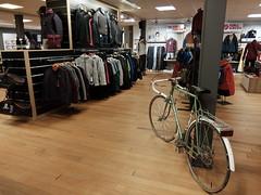 Winkel Bij Folkert Sneek (Walk-Run-Bike) Tags: wandel winkel bij folkert sneek walk bike run mercier bicycle