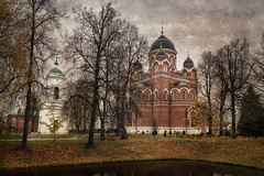 October in the monastery (Unicorn.mod) Tags: 2016 textures landsape monastery church ortodoxchucrch october autumn borodino canoneos6d samyang24mmf14edasifumc