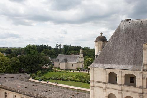 Église de Chambord depuis le Château