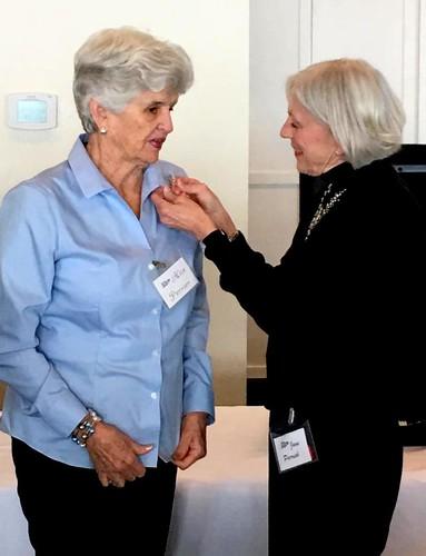Alice Perrier receiving the Googsie Rafferty Pin