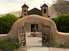 Santuario de Chimayo, New Mexico (jason.l.ryan) Tags: newmexico santafe church catholic religion christian taos healing highroad chimayo santonino truchas santuariodechimayo jasonryan