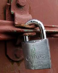 Locked up Tight (EssjayNZ) Tags: closeup lock 2006 padlock essjaynz taken2006 40000views sarahmacmillan