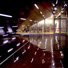 Seattle Public Library (bentilden) Tags: seattle door reflection wow lights hall washington pentax library remkoolhaas seattlepubliclibrary rem koolhaas istdl