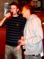'Rotation' - Ladies Night, 25th April '06 (Crittz) Tags: beer bar drinking social guys auckland alcohol rotation nightlife dnb ponsonby drumnbass drumandbass safarilounge 2guys