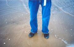 Wet feet (Helen's Eye View) Tags: seaside nick tynemouth wetfeet